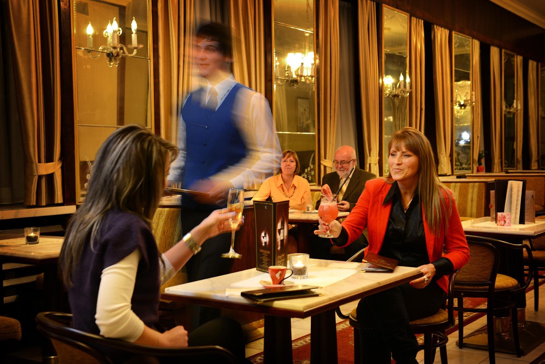 hotel-europa-spoločenský-večer-reštaurácia-foto3